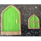2 latex moulds to make this fairy door.. Details