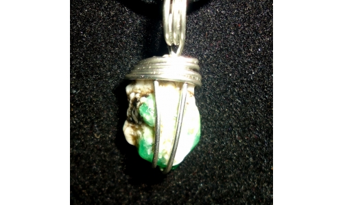 Emerald in sterling 25X14X8 MM 12 cts Hand made 1782D