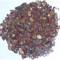 Rhodolite Garnet chips for i..