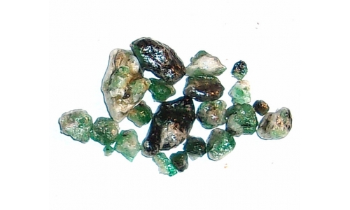 Colombian Emerald Rough Natural 30 cts  4 to 15 MM 023F