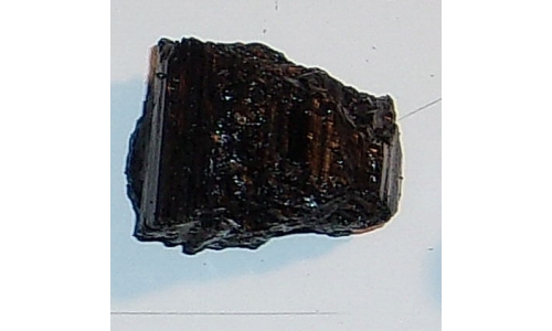 Black Tourmaline 90 cts 25x25x20 MM 032F
