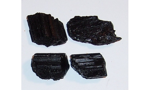 Black Tourmaline 90 cts Natural 20 to 25 MM 258F