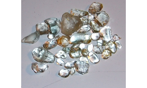 5 to 20 MM African Topaz Facet Grade Rough 200 cts 1083F