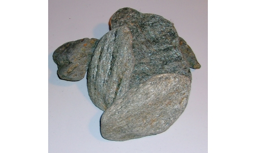 1/2 Pound Solid Green Mica 45 to 85 MM North Carolina 1320F