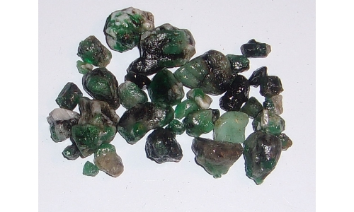 Colombian Emerald Rough Natural 100 cts 5 to 15 MM 1478F