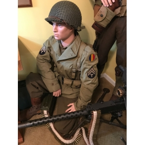 US WWII Infantry Tech C..