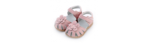 Children's Shoes - 16 to 23cm (US8+)